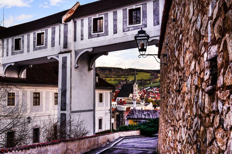 Cesky Krumlov Castle garden Cloak bridge